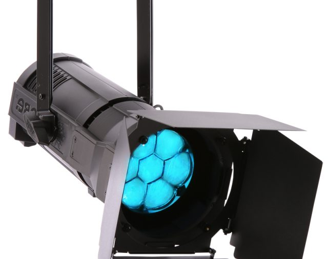 Бюджетные светодиодные световые приборы, произведенные в Европе Robin ParFect 150 – только в «Самат шоу техник»