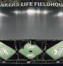 Стадион «Bankers life fieldhouse» идёт в ногу со временем, используя Truefit системы от «Clair Brothers»