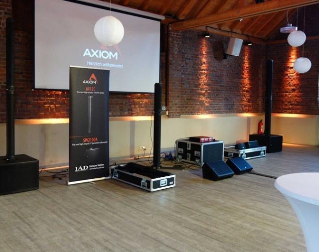 Компания AXIOM провела тур по Германии в целях популяризации своей продукции.
