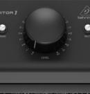 Behringer Monitor1 – пассивный мониторный контроллер для небольших студий.