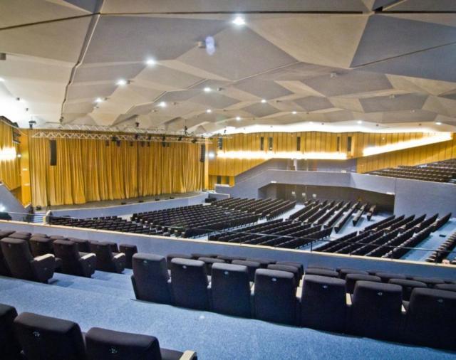 Беспроводные системы Shure обеспечивают чистый звук и устойчивый сигнал для конгресс-центра Volvo в Болонье
