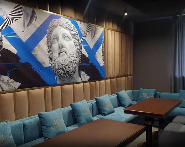 Караоке-ресторан «Laureate»