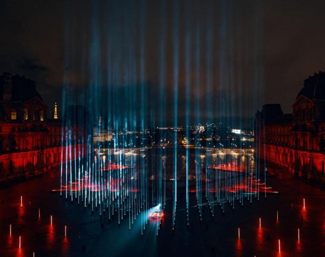 Robe: свет Лувра для Дэвида Гетты