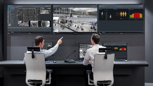 BOSCH представляет комплексное устройство DIVAR IP  all-in-one 7000 нового поколения