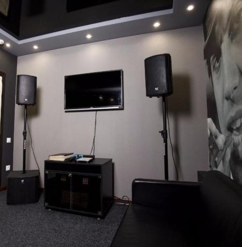 Профессиональное звуковое оборудование