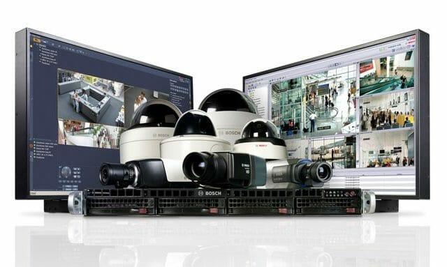 От эвакуационного оповещения до конференц-связи: Bosch Security Systems предоставляет всеобъемлющее решение по безопасности и коммуникациям для выставочного центра.
