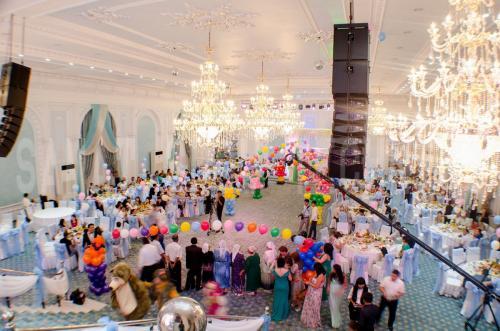 009-grand-holiday-hall